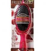 722967 Увлажняющая расческа для волос с маслом семян клюквы (круглая).